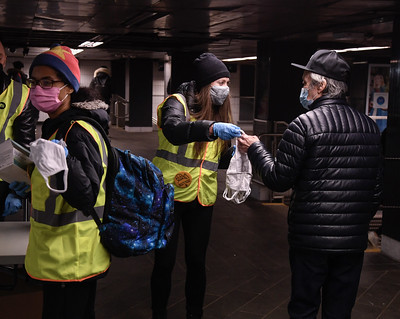 PHOTOS: MTA Mask Force Hands Out Free Masks to Customers